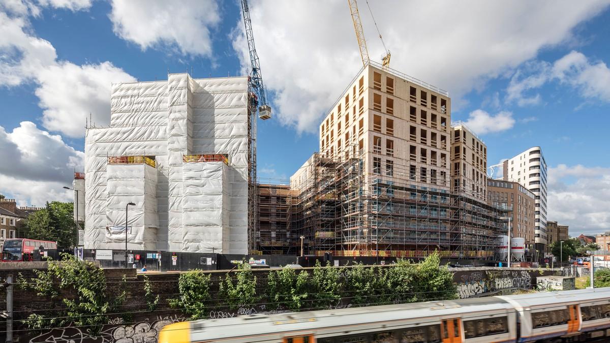 Las perspectivas con la estructura de madera en la construcción de ...